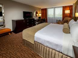Airport Plaza Inn Miami Airport Hotel Crowne Plaza Miami International Airport