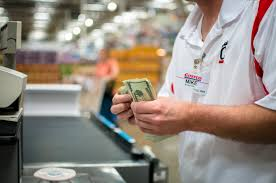 Customer Service Is The Best Way To Save At The Store How To Save