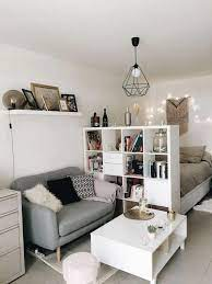 49 Clever Small Apartment Decorating Ideas On A Budget 15 Blogger Creative Apartmentlivi Small Apartment Decorating Apartment Room Small Apartment Bedrooms
