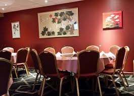 greenwell point chinese restaurant one of the two circle tables that seat 10