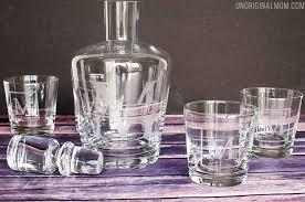 what a great diy gifts for men idea diy etched monogram decanters