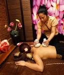 aroma thai massage topløs servering