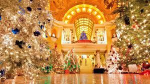 Kansas City Mayor S Christmas Tree Lighting Ceremony Best Public Christmas Trees To Visit Across The Usa