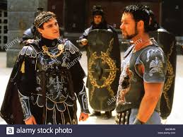 Gladiator Movie Costume Design Gladiator 2000 Universal Film With Russell Crowe At Right