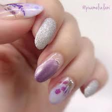 大人っぽい春ネイルがしたい指がきれいに見えるすみれ色ネイル
