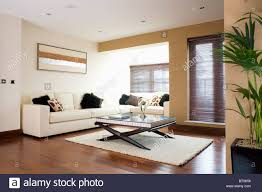 Living Room With Corner Sofa Cream Corner Sofa In Modern Apartment Living Room With Coffee