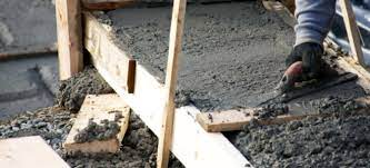how to pour a concrete retaining wall