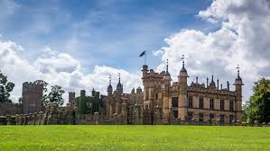 Knebworth House, Park, Gardens, Adventure Playground and Dinosaur Trail -  Places to go | Lets Go With The Children