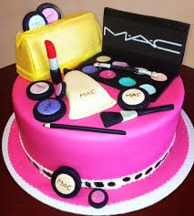 mac with bag makeup cake