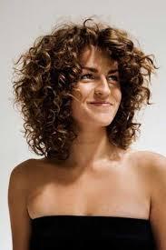 بالصور أجمل تسريحات شعر للوجه البيضاوي صبايا ستايل