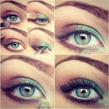 green eyeshadow for blue eyes