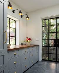 BECKI OWENS--This color combo is pretty amazing via architect Gerry ...