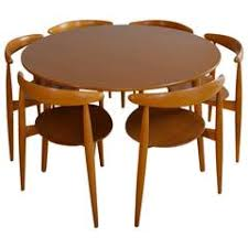 wegner dining table expands