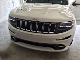 how to 2014 headlight drl cherokee srt8 forum drl wire for bottom picture the car was in neutral so that bumper strip would be illuminate for comparison s sake the camera angle isn t the same