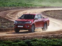 2017 Toyota Hilux - Received a Facelift, New Engines and More ...