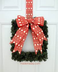 Square Wreath & Ornamator Bow Tutorial