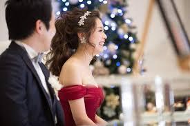 大人可愛い花嫁に変身 挙式披露宴お色直しまでこだわりの花嫁