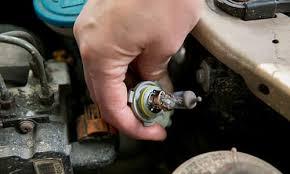 2013 Prius Bulb Chart How Long Should A Cars Light Bulbs Last News Cars Com