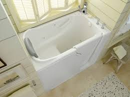 white walk in bathtub 30x52 photo 1 amst hr bci