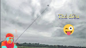 Vũ đạt jr - thử gắn đèn led vào diều sáo ( Making lights for flute kites )  - YouTube