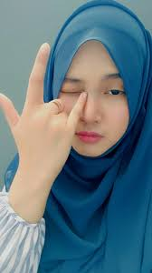 Apa itu gluta panacea wanita hijab chic wanita cantik. Ravina Putri Siregar On Instagram Pake Kaca Spion Artofit