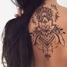 Pinterest Aishahhxo Tattoo Tetování Na Zádech Tetování Und