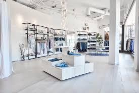 White Light Design Retail Lighting Design That Is Light Bright Effortlessly