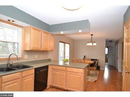 Apple Valley Kitchen Cabinets 121 Beaumont Court Apple Valley Mn 55124 Mls 4815767 Edina