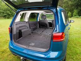volkswagen touran review volkswagen tow cars practical caravan