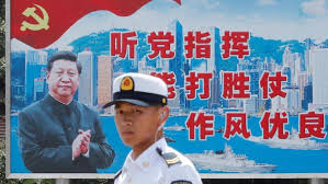 Kết quả hình ảnh cho Một lính hải quân Trung Quốc