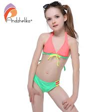 Picture of girls in bikini