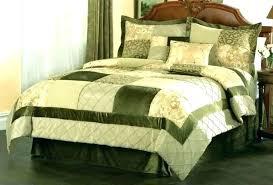 emerald green bedspread dark green bedding dark green comforter green bedding sets king kg dark green