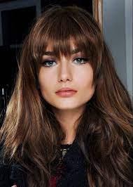 Длинные волосы позволяют экспериментировать с различными укладками, которые смогут сообщить миру о вашем настроении и поработать над созданием образа. Modnye Strizhki Na Dlinnye Volosy 2021 2022 Goda Foto Idei Novinki Trendy