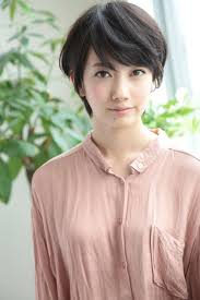 波瑠の髪型がかわいいショートヘア画像ヘアアレンジ集 Naver まとめ