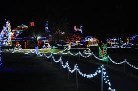Yukon Holiday Lights Jingle Walk Kicks Off The Opening Of Christmas In The Park