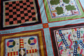 Alpine Quilt Retreats: Grandma's Game Board Quilt & I was asked by my local quilt guild to come up with a project for our group  to do in the year 2011. This is what I came up with -- Grandma's Game ... Adamdwight.com
