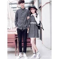 Poin pembahasan baju couple tentang 46+ model baju couple kondangan, inspirasi terkini! adalah memang perkembangan baju couple memiliki keunikan dan inovasi yang semakin trendi dan kekinian. Tak Perlu Pusing Pilih Baju Kondangan Cek Inspirasi Baju Couple Ini Yuk