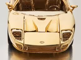 25 Karat Auto Design 18 Karat Gold Ford Gt 1 25 Scale Model Imboldn
