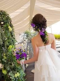 ラプンツェル風も花をまとうお花を使った花嫁のヘアスタイルと