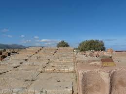 malia minoan palace and city