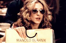 Carrie Bradshaw A Complete Gif History Of How Carrie Bradshaw And Manolo Blahnik