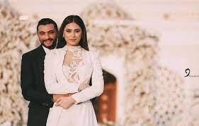 بالصور - أول ظهور لهاجر أحمد مع حبيبها بعد عقد قرانهما - مجلة لها - أَوْجَز