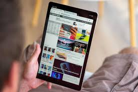 Trên tay máy tính bảng Realme Pad: 'Đối thủ giá rẻ' của iPad 9, Samsung  Galaxy Tab cũng phải 'e dè'