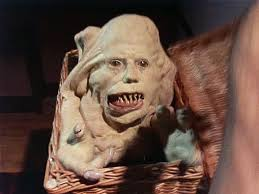 Basket Case (1982). The deformed Belial is the formerly conjoined twin of Duane  Bradley, played by Kevin V… | 1980s horror movies, Creepy dude, Horror  movie posters