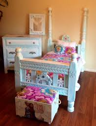 My shabby Chic Frozen Toddler Bedroom Set... | home & yard | Toddler ...