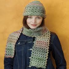 Redheart Free Crochet Patterns Adorable Chic Crochet Cloche Scarf Red Heart