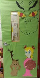christmas door board the grinch clroom ideas