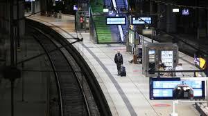 Jun 08, 2021 · deutsche bahn. Deutsche Bahn Streik Legt Grosse Teile Des Bahnverkehrs Lahm Stern De