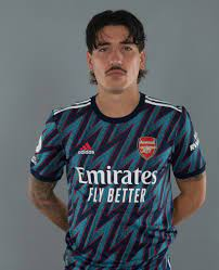 Arsenal's Hector Bellerin 'wants to leave' with a swap deal for Atletico  Madrid's Kieran Trippier 'a genuine prospect'
