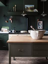 9 green kitchen cabinet ideas for your